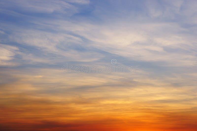 Fondo abstracto - cielo colorido fotos de archivo