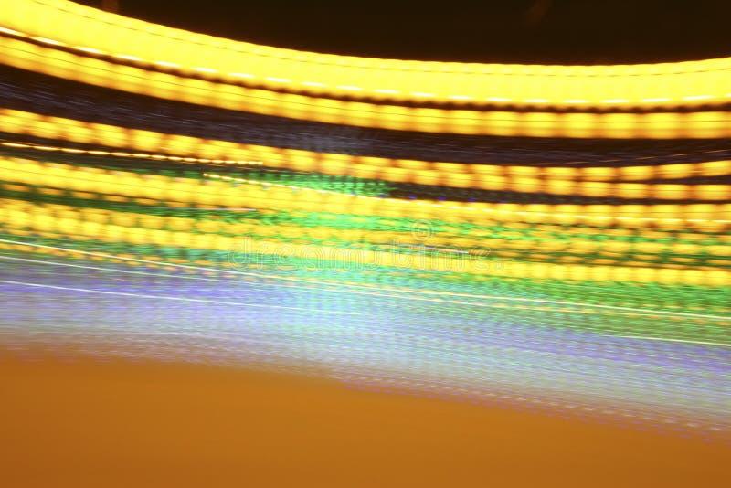 Fondo abstracto de oro de la tarde con las luces de neón ilustración del vector