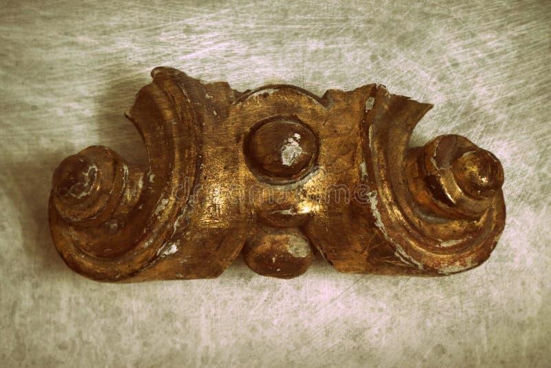 Fondo abstracto de talla de madera de la textura de la superficie del modelo del grunge del detalle de la iglesia antigua del vin fotos de archivo libres de regalías