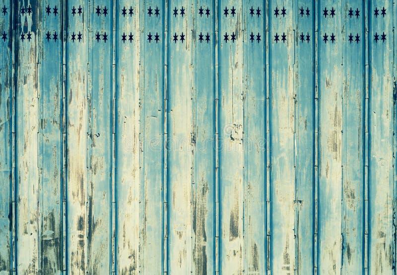 Fondo abstracto del vintage de la vieja puerta del metal fotografía de archivo