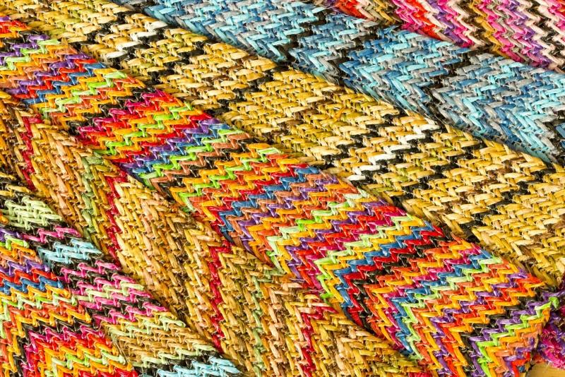 Fondo abstracto inconsútil multicolor de Zig Zag imagen de archivo