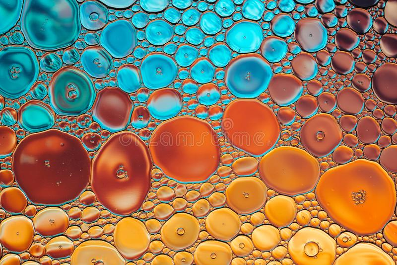 Fondo abstracto macro del agua de la burbuja brillante del aceite imagen de archivo