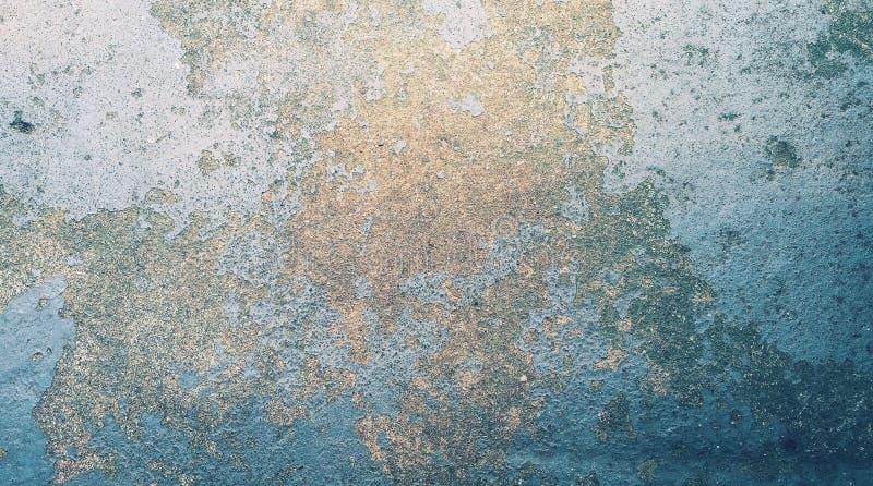 Fondo abstracto, pintura de acero azul vieja del color en la pared imagenes de archivo