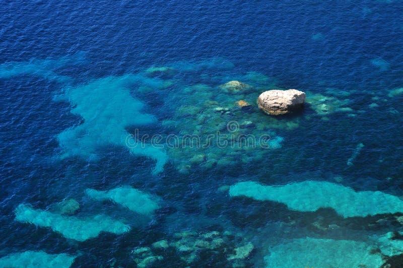 Fondo adriático de la agua de mar fotos de archivo libres de regalías
