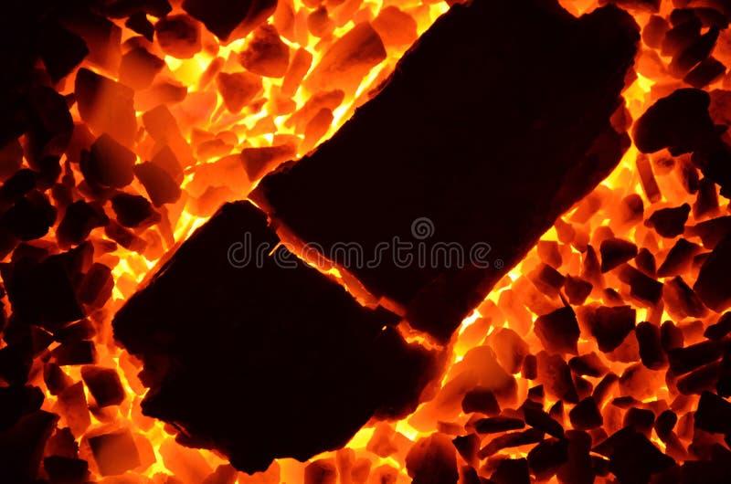Fondo ardiente del carbón foto de archivo libre de regalías