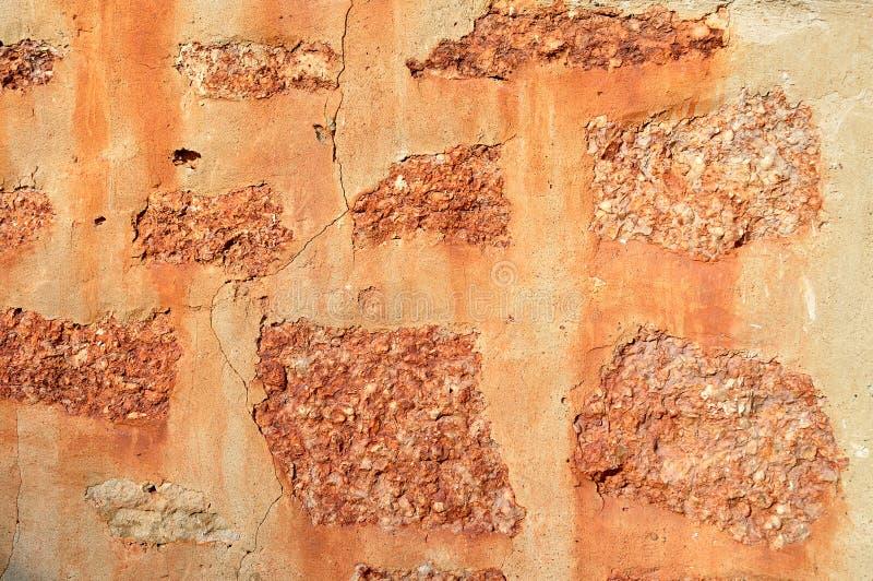 Fondo arquitectónico texturizado - pared envejecida hecha de piedra fotos de archivo libres de regalías