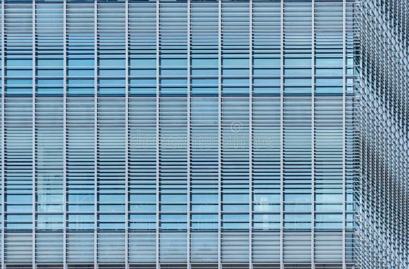 Fondo astratto di costruzione di vetro futuristico moderno Esterno di architettura della costruzione di vetro dell'ufficio Faccia fotografie stock libere da diritti