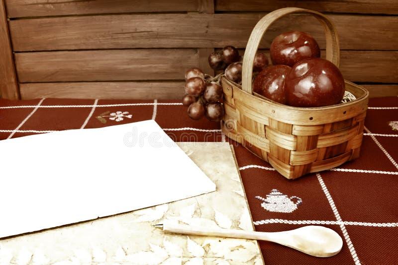 Fondo in bianco del taccuino di ricetta fotografie stock