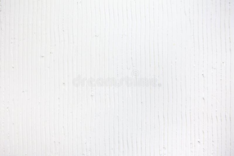 fondo bianco strutturato con le linee verticali e le bande del gesso fotografie stock