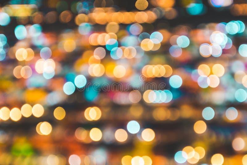 Fondo borroso del mercado de la noche Concepto de la iluminaci?n del extracto y de la decoraci?n Tema de la Navidad y del A?o Nue imágenes de archivo libres de regalías