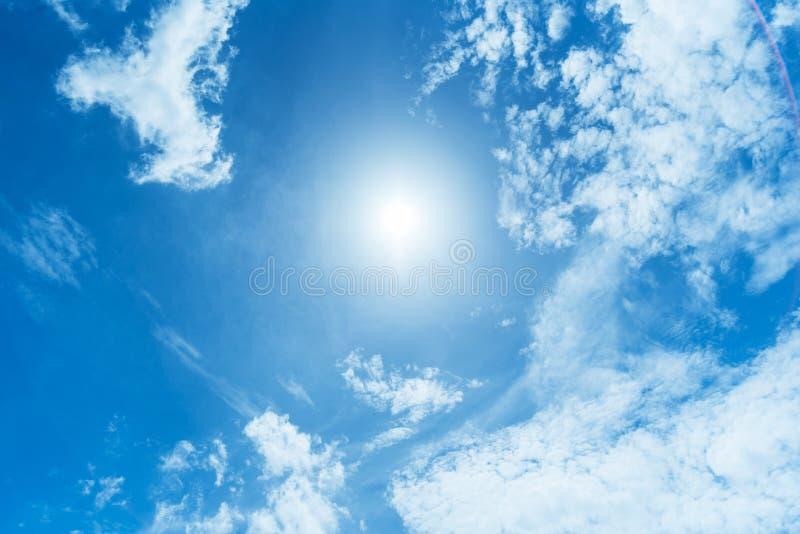 Fondo Claro De Cielo Azul, Fondo De Las Nubes Imagen De