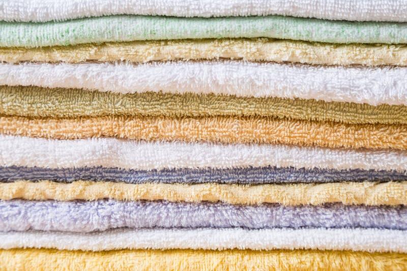 Fondo colorido del detalle de las toallas de baño fotos de archivo libres de regalías