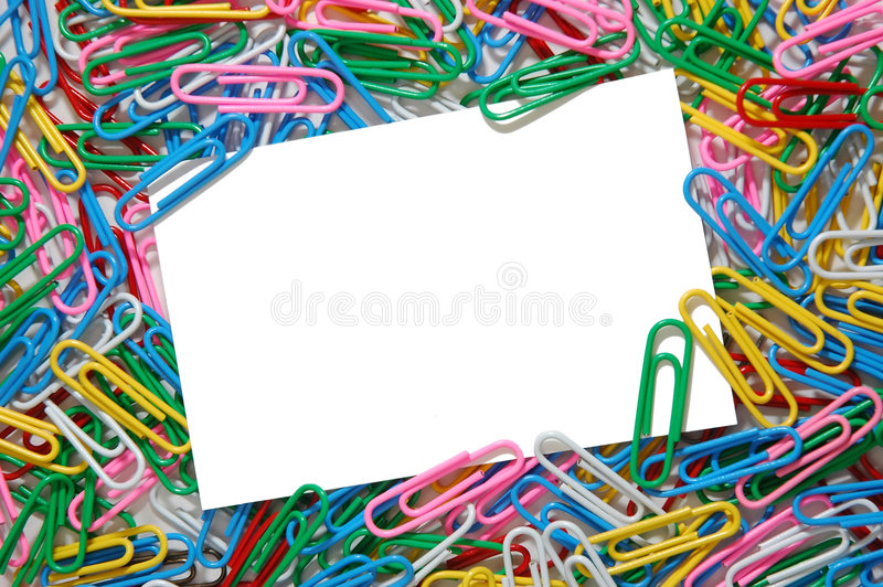 Fondo colorido del paperclip fotos de archivo
