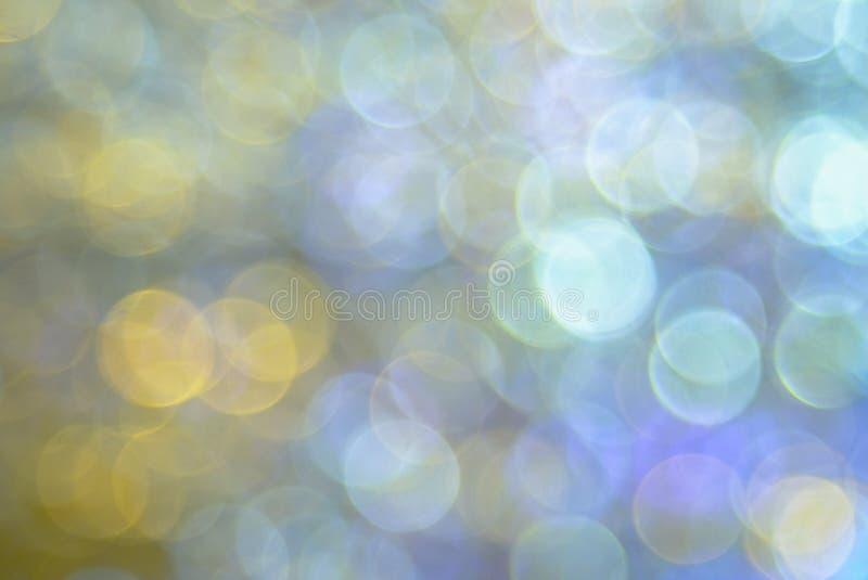 Fondo colorido suave circular abstracto del bokeh creado por las luces de neón imagen de archivo