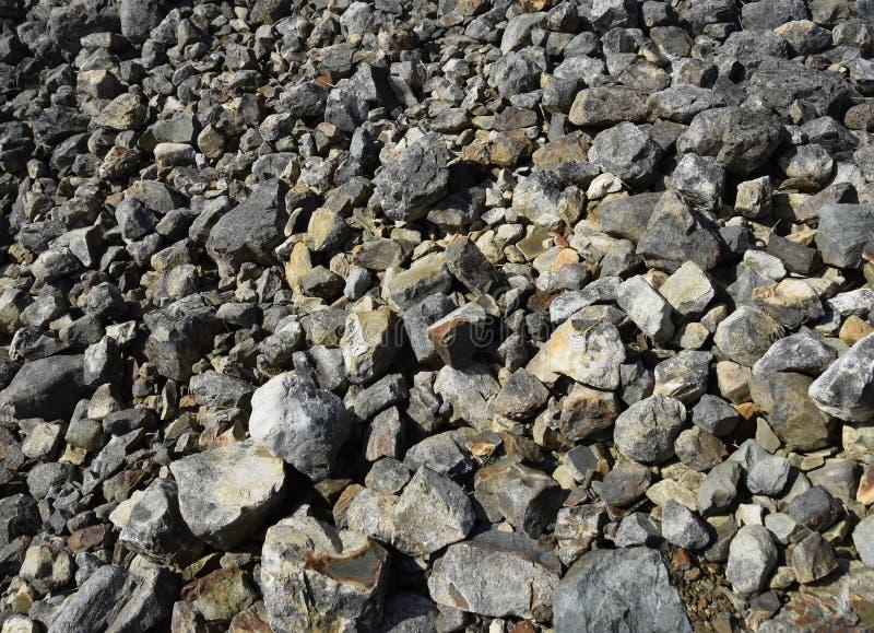 Download Fondo Costiero Grigio Della Roccia Immagine Stock - Immagine di litoraneo, roccia: 117975835