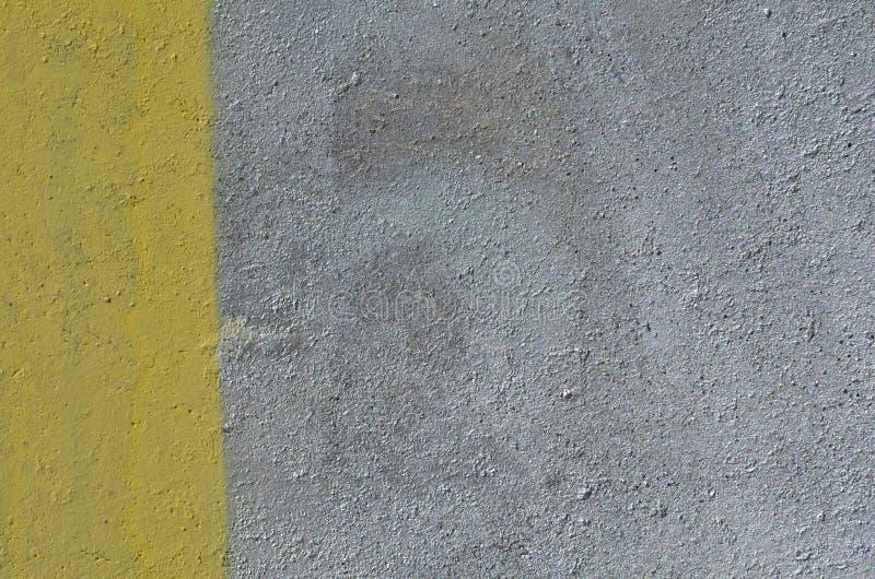 Fondo d'argento e giallo della pittura immagine stock