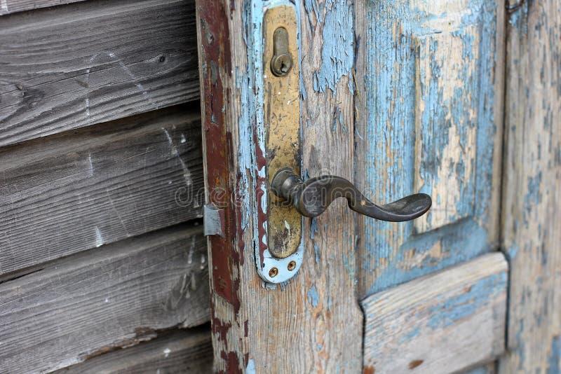 Fondo da una porta di legno molto vecchia illustrazione vettoriale