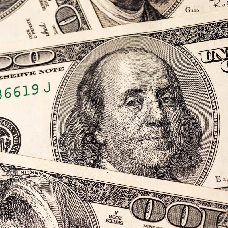 Fondo de cientos billetes de dólar foto de archivo libre de regalías