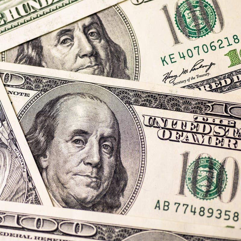 Fondo de cientos billetes de dólar fotos de archivo