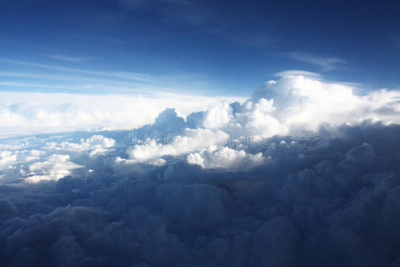 Fondo de Cloudscape de la visión aérea imagenes de archivo