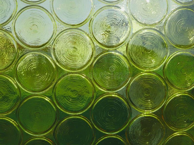 Fondo de cristal con los círculos Textura de cristal verde del extracto fotografía de archivo libre de regalías