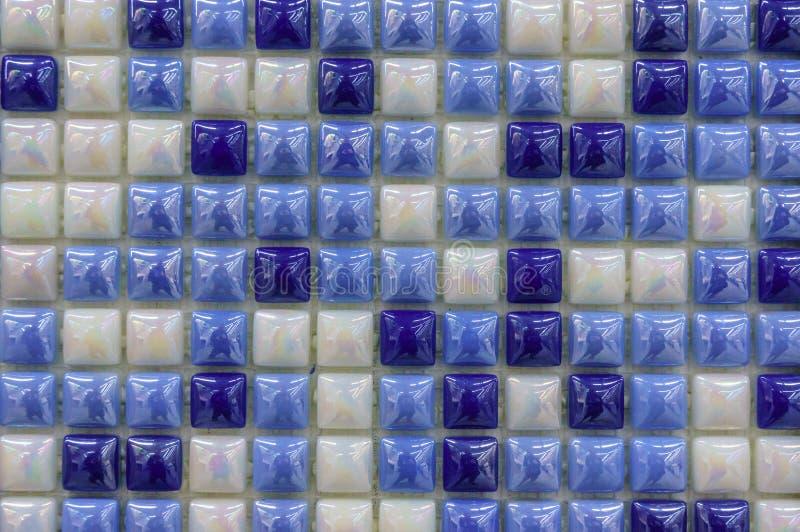 Fondo de cristal moderno de las tejas de mosaico Modelo del color de la mezcla para la decoración Superficie de las tejas de la t fotos de archivo libres de regalías