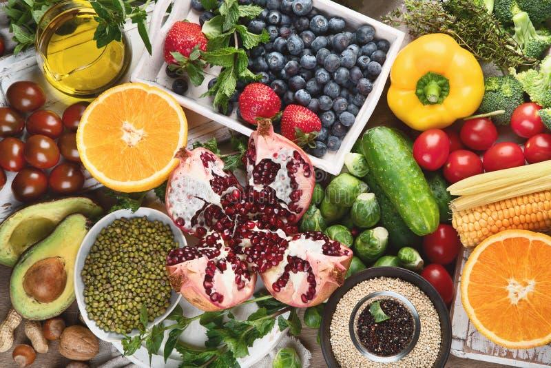 Fondo de la dieta sana Consumici?n limpia y del detox fotografía de archivo