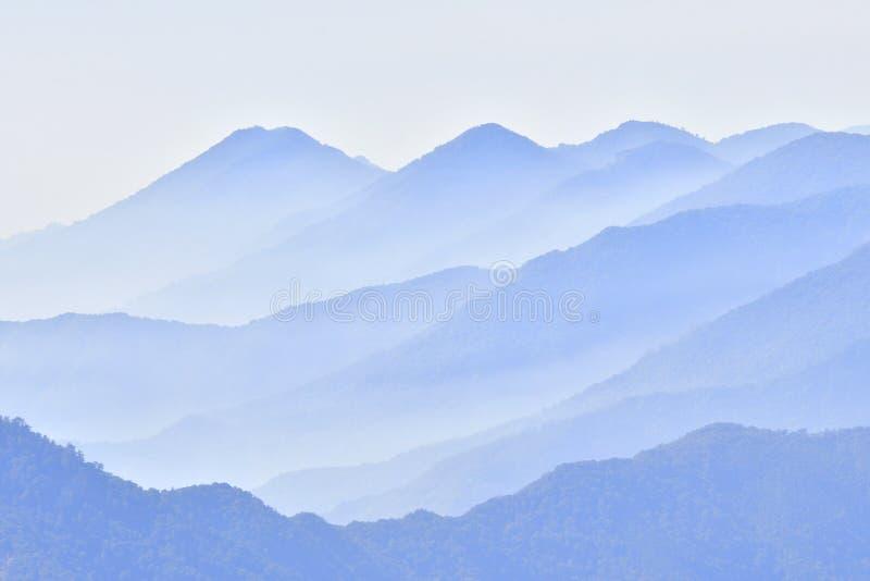 Fondo de la montaña imágenes de archivo libres de regalías