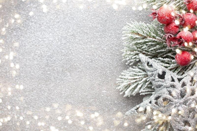 Fondo de la Navidad del vintage con la decoración de la Navidad fotos de archivo
