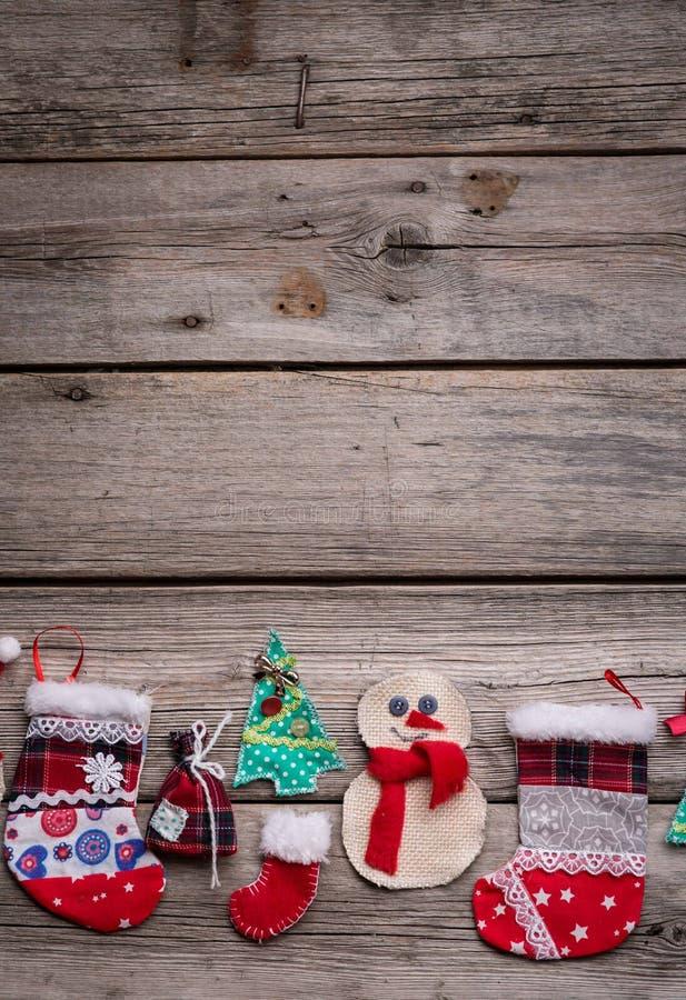 Fondo de la Navidad en el de madera foto de archivo libre de regalías