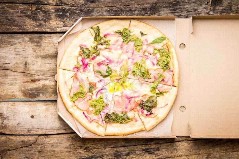 Fondo de la pizza de los alimentos de preparación rápida fotos de archivo