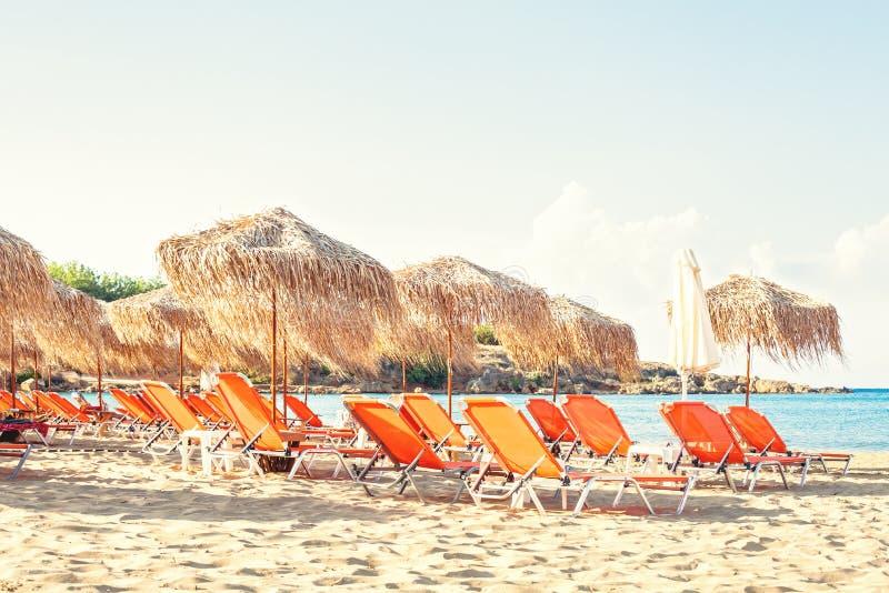 Fondo de la playa del mar del verano Vacaciones y concepto de los días de fiesta foto de archivo