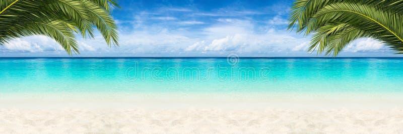 Fondo de la playa del paraíso foto de archivo libre de regalías