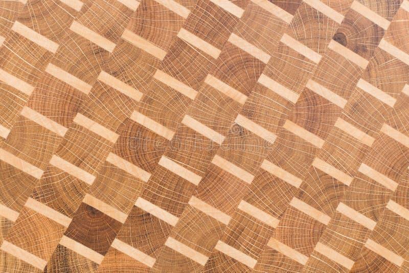 Fondo de la tabla de cortar de la cocina hecha del pedazo m?ltiple de bamb? fotos de archivo