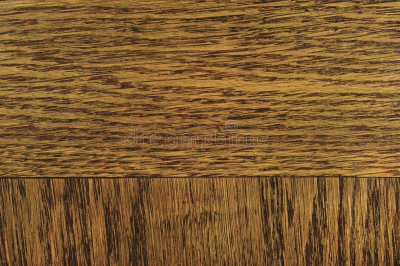 Fondo de la textura de la chapa del grano del roble, modelo texturizado rasguñado horizontal natural del marrón del negro oscuro, imágenes de archivo libres de regalías