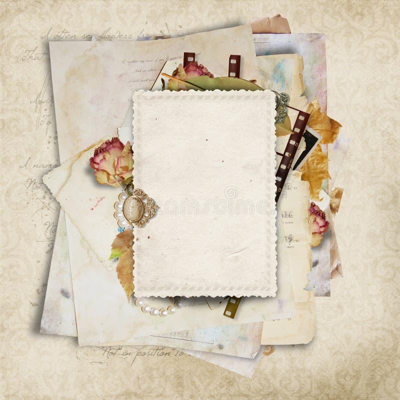 Fondo de la vendimia con las viejos tarjetas y filmstrip ilustración del vector