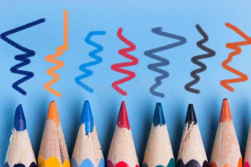 Fondo de los lápices del color fotografía de archivo