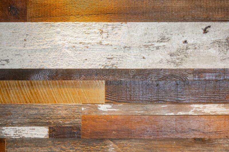 Fondo de madera del tablón - diverso bosque y finales incluyendo la pintura blanca áspera - grunge fotografía de archivo libre de regalías
