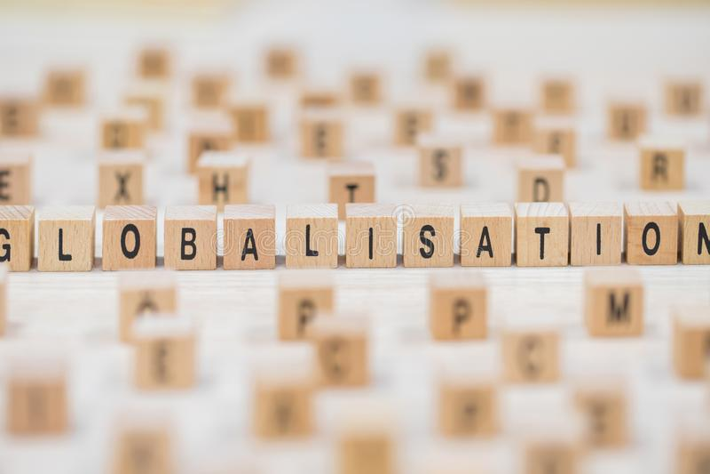 Fondo de madera de los cubos de la globalización imagenes de archivo