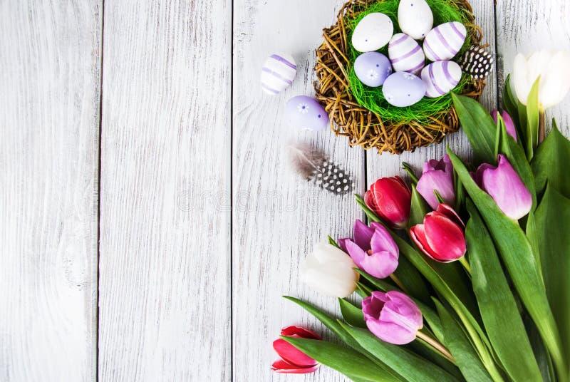 Fondo de Pascua con los huevos fotografía de archivo libre de regalías