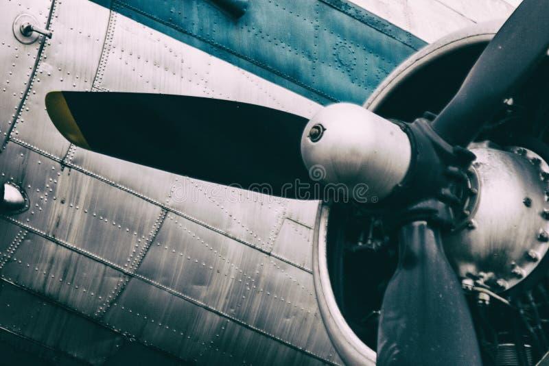 Fondo de un motor del propulsor del avión del metal del vintage fotos de archivo libres de regalías