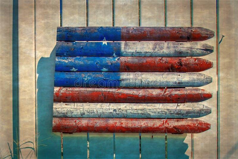 Fondo decorativo rústico con la bandera americana hecha de s de madera foto de archivo libre de regalías