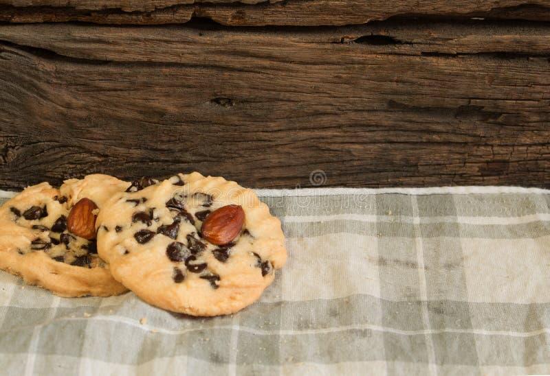 Download Fondo 3 Dei Biscotti Di Pepita Di Cioccolato Immagine Stock - Immagine di vita, spuntino: 56892853