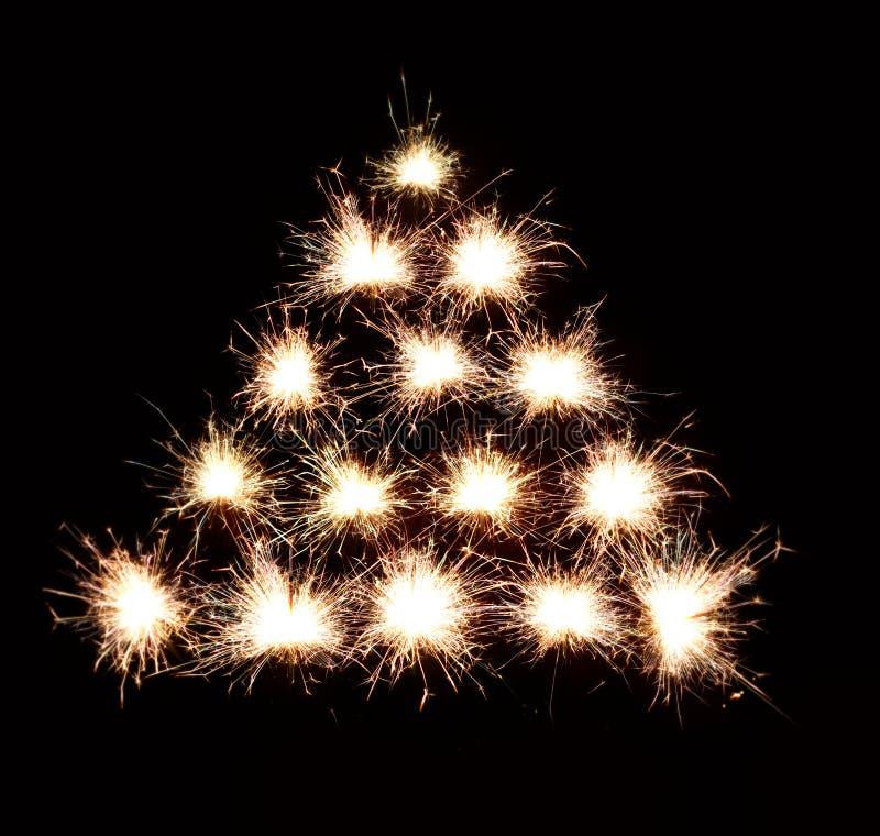 Fondo del árbol de navidad de fuegos artificiales ilustración del vector
