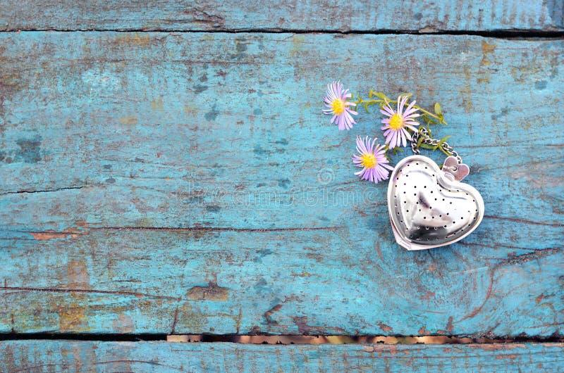 Fondo del día de tarjetas del día de San Valentín con el corazón imagen de archivo libre de regalías