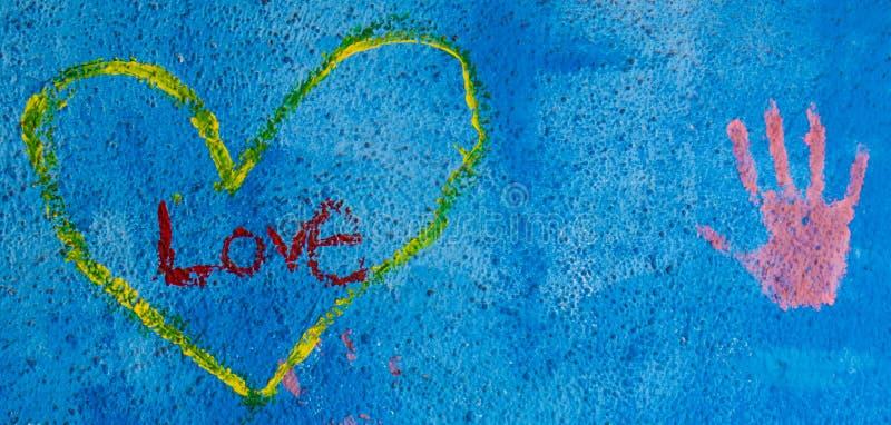 Fondo del Grunge con amor escrito pintada fotografía de archivo