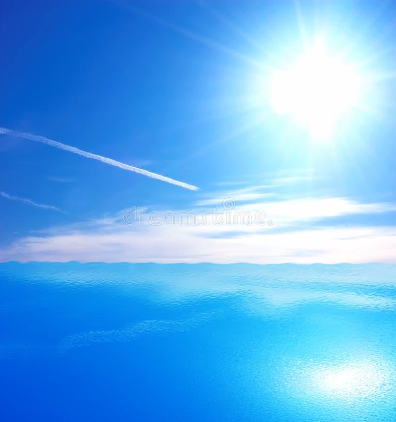 Fondo del mar y del cielo imagen de archivo
