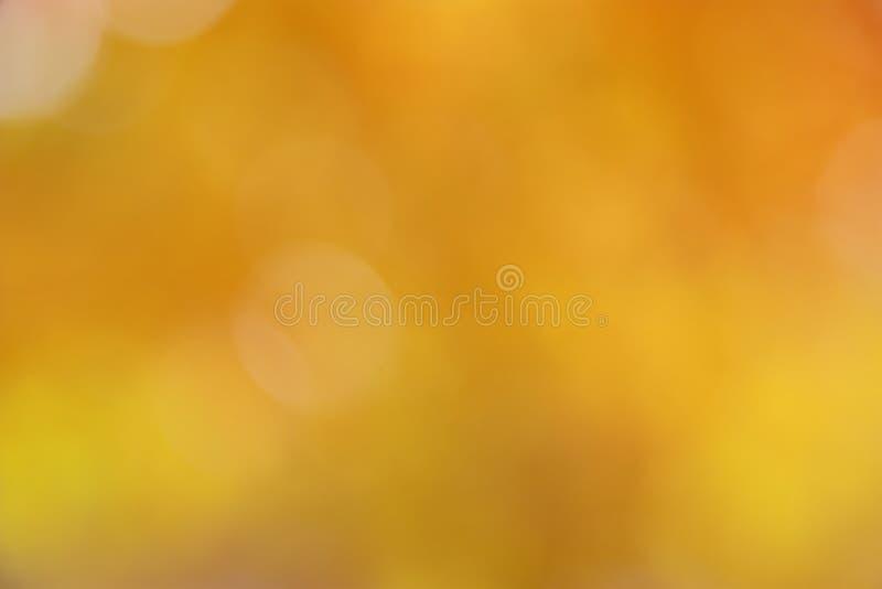 Fondo del otoño/de la caída - falta de definición abstracta del oro fotos de archivo libres de regalías