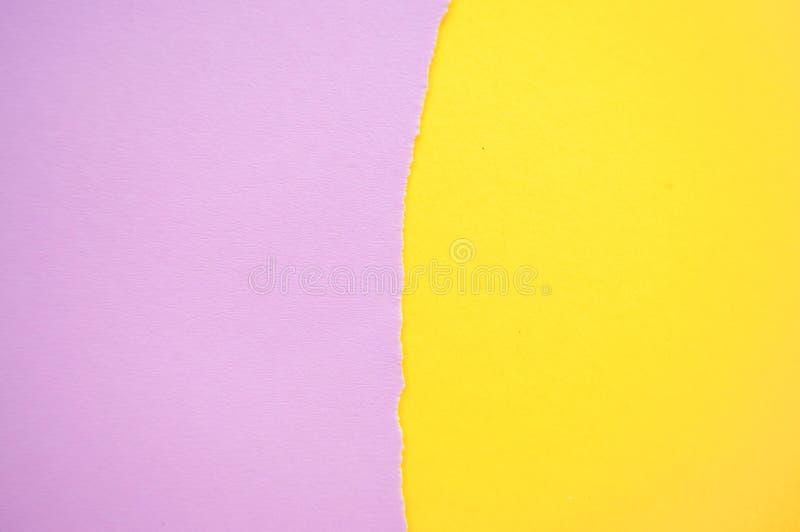 Fondo del papel de color en colores pastel del amarillo y del rosa imagen de archivo libre de regalías