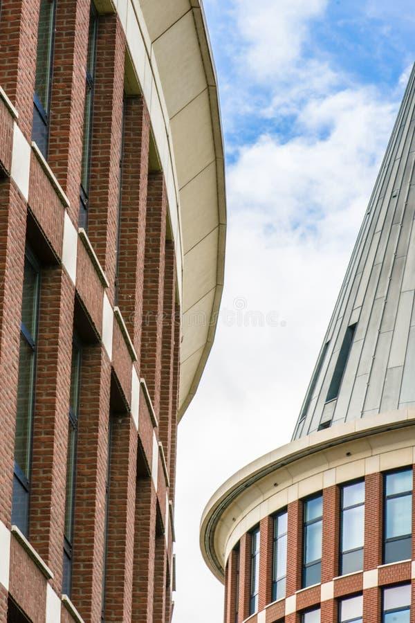 Fondo del rascacielos moderno fotografía de archivo